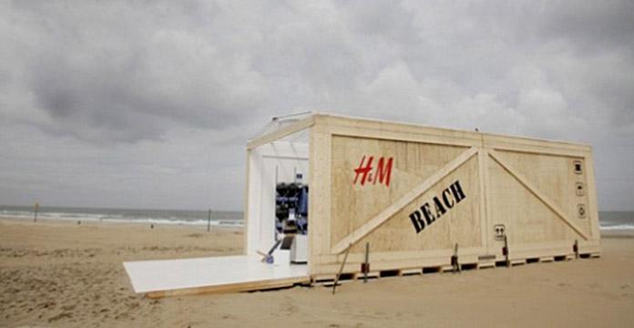HM Pop-up Beach Shop